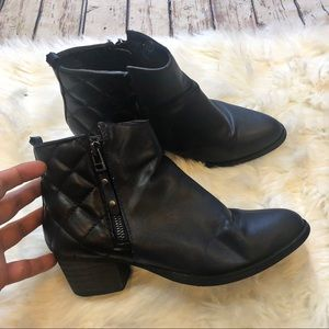 C Label Navy & Black Quilted Ankle Boots Size 7